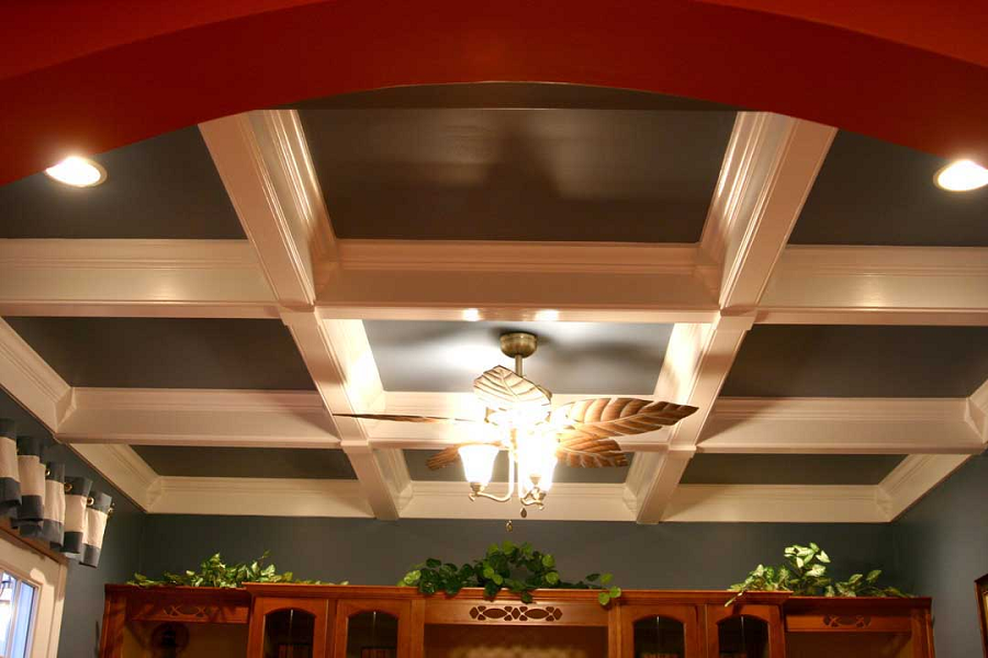 Custom ceiling styles from iklo home builders of texas for Coffered ceiling styles