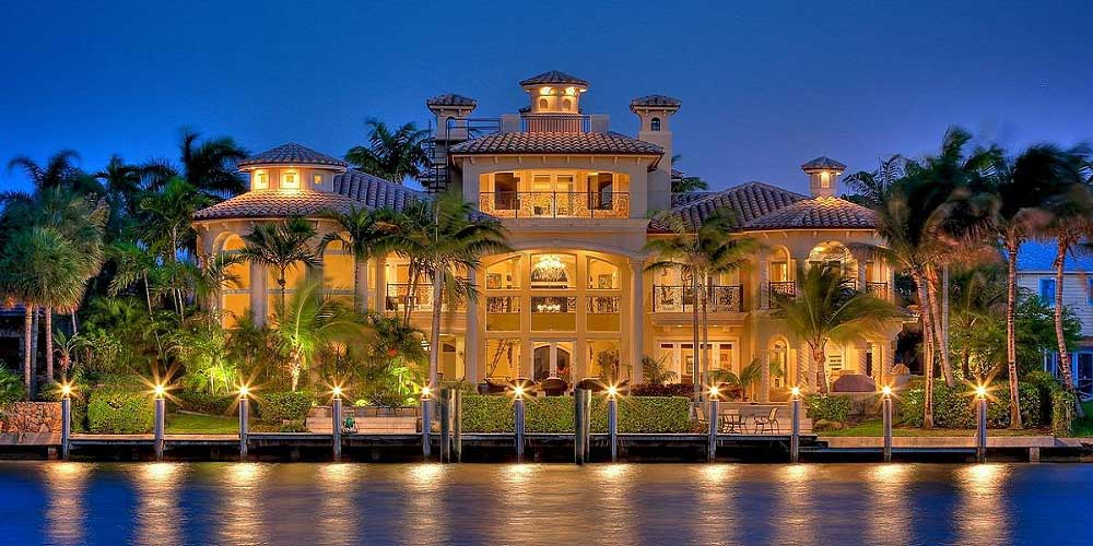 Luxury places on pinterest luxury homes luxury homes for Custom mediterranean homes
